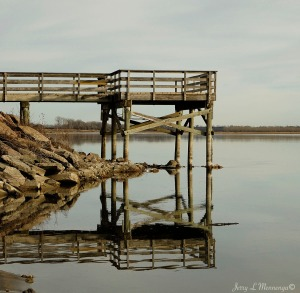 Reflection of a lookout along the Missiouri River near downtown Yankton, South Dakota Friday, Dec. 30, 2016. (photo by Jerry L Mennenga©)